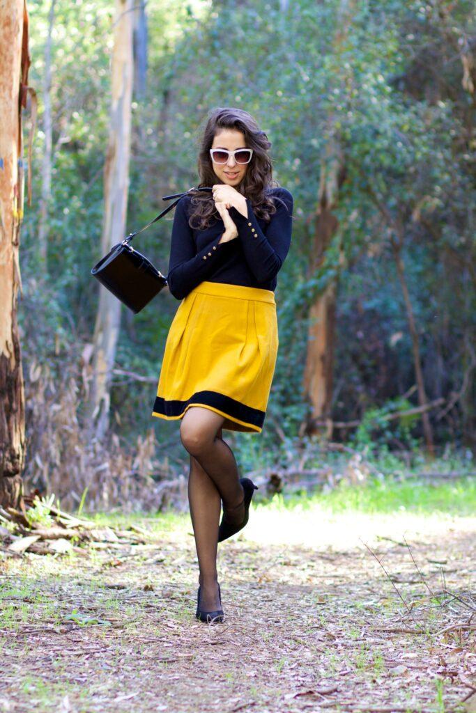 Falda mini retro mostaza